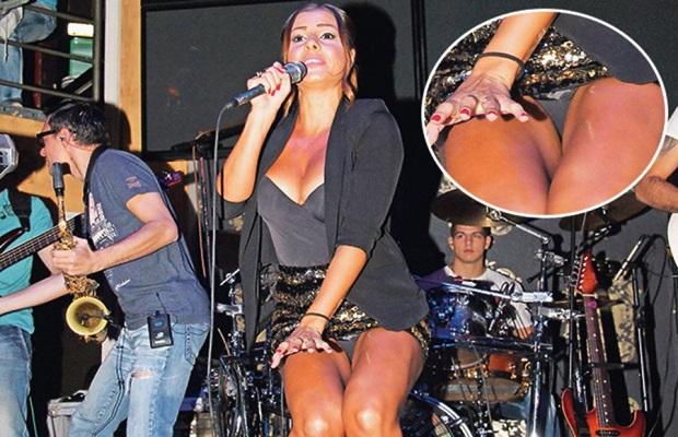 mia_gacice,  Mia Borisavljević, niske strasti, estrada bez gaca, seksi pevacica, esdrada srbije, erotika i pevacice